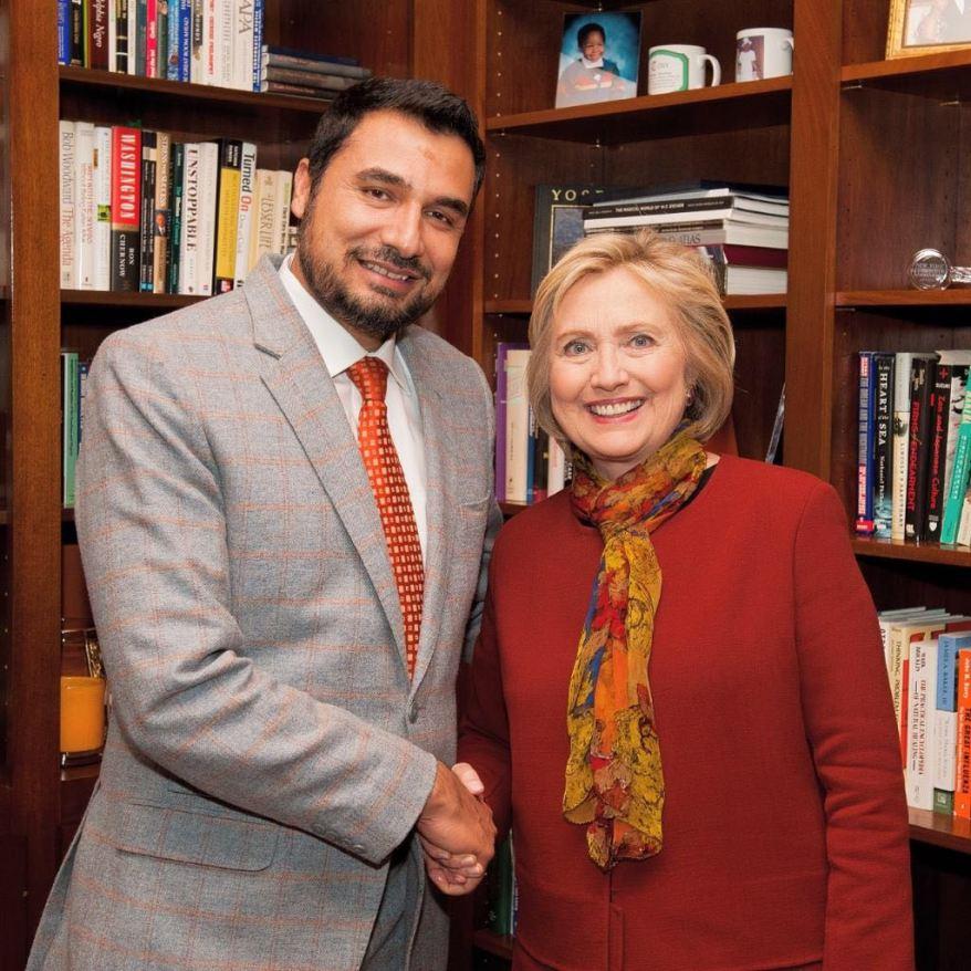 Mannan with Ms Clinton.jpg