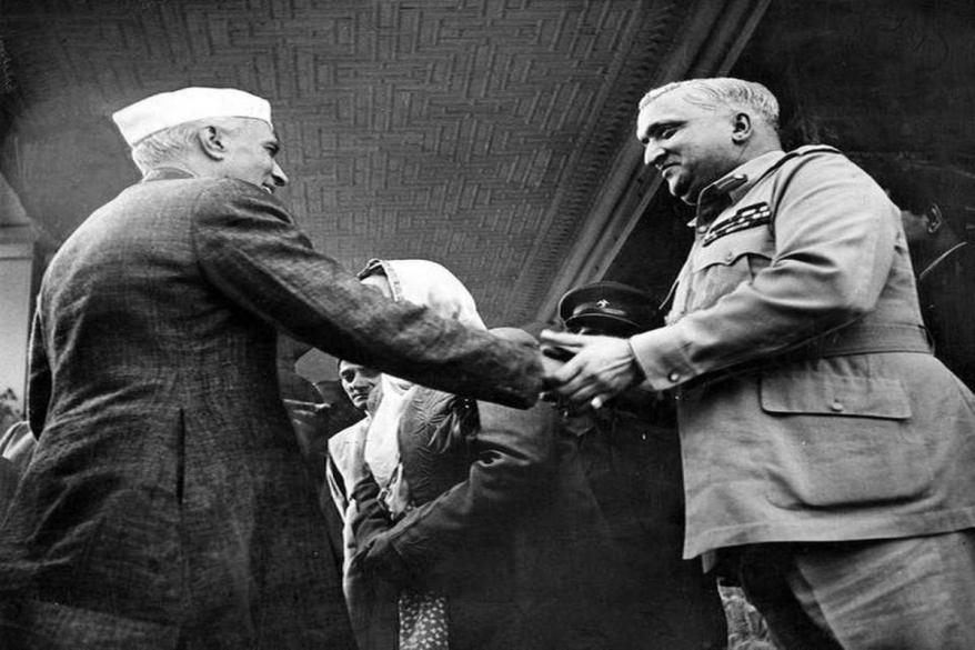 Nehru with Hari Singh.jpg