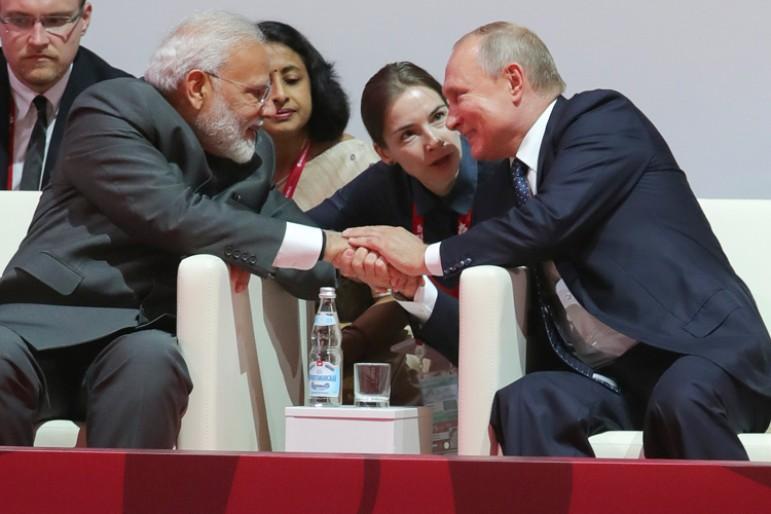 Modi Putin.jpg