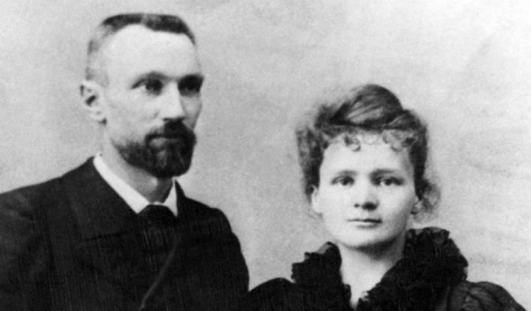 Pierre Curie and Marie Curie.jpg