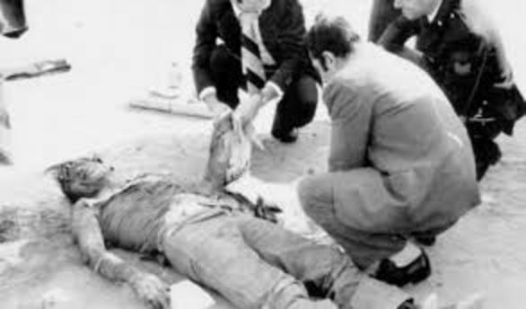 Crime scene showing Pasolini's corpse.jpg