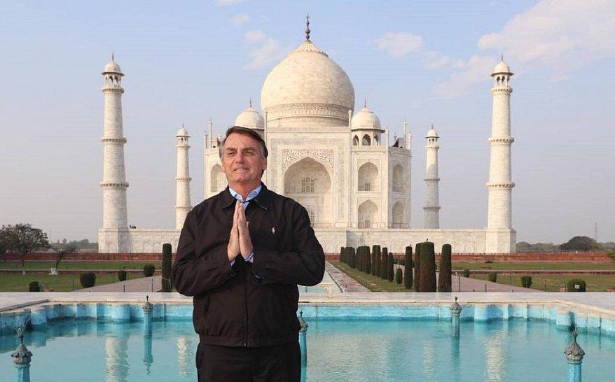 President Bolsonaro at Taj Mahal.jpg