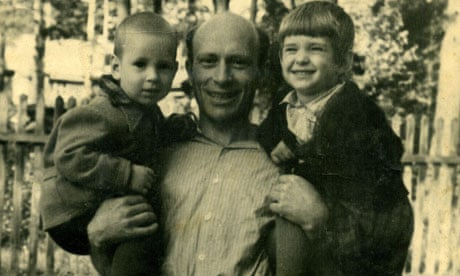 Lev Mishchenko with his two sons.jpg